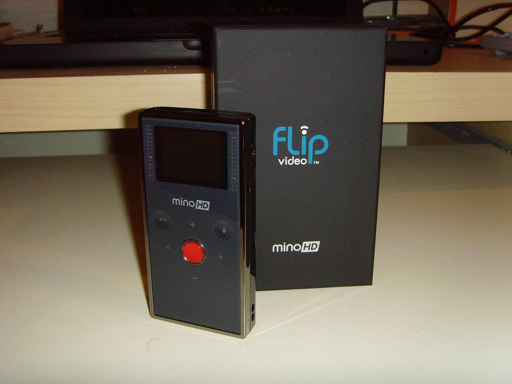 Flip Mino HD