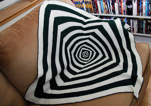 Baby OpArt Blanket - Finished!