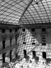 Kocks Louvre (anita bp) Tags: white black paris france sunshine museum lights louvre musee blackwhitephotos