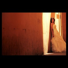MARIAGE / WEDDING : Orange Wall (Sebastien LABAN) Tags: wedding portrait orange white love face wall composition hair lights eyes cotedazur shadows dress ceremony angels mariage shoulder glance 83 var sud straphael saintraphael miasbest haircutlook freijus
