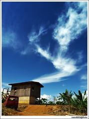 Telupid - cloud formation (sam4605) Tags: cloud house building landscape ed photography scenery bluesky olympus malaysia borneo sj zook samurai suzuki awan e1 sabah rumah biru langit pemandangan jimny suzukijimny zuki zd zuk lanskap suzukisamurai zuks sabahborneo 1260mm telupid rumahkayu sam4605 jimnyphotography suzukijimnyphotos jimnyphotos jimnyphoto zuksofsabah