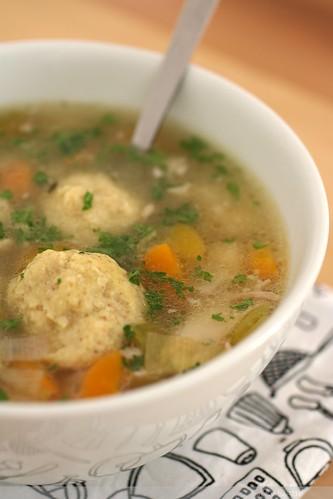 sopa de pelotillas de matzen