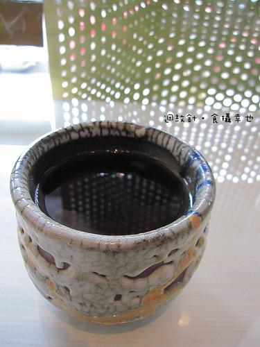 台中 forty cafe 餐後普洱茶