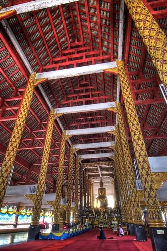 Inside Wat Suan Dok