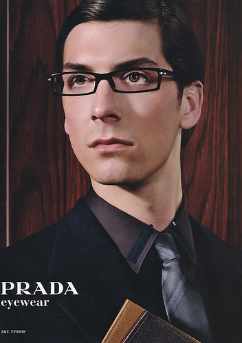 Harry Kinkead5021_PRADA(LEON39_2005_01)