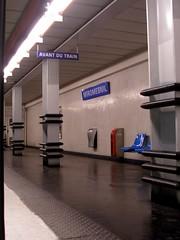 Estación de Miromesnil (métro de Paris) (PhotoLanda) Tags: francia france paris metro estacion subway miromesnil metrodeparis ratp train armandthomashuedemiromesnil 8earrondissement f1851 îledefrance artnouveau entrance ferrocarrilsubterraneo hectorguimard lutetiaparisii métrodeparis parigots parismetropolitain parisien parisii photolanda tube underground undergroundrailway chemindefermétropolitain métro parismétropolitain