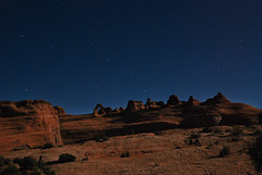 20081015_1583...Starry arch calls to me (listorama) Tags: park sky terrain night stars landscape utah sandstone arch desert hiking hike moab archesnationalpark delicatearch lightroom 1200w topography delicatearchviewpoint ralphtripod ut2008oct