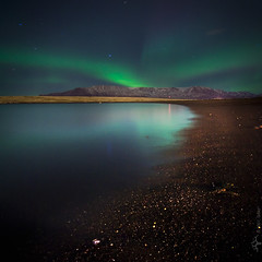 glow (amenext) Tags: ocean longexposure mountain beach iceland glow pad esja reykjavík northernlights 2007 dalla nightimage reykjavk 44365 salbjorgritajonsdottir auraoraborealis