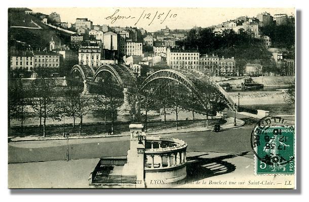233 LYON - Le Pont de la Boucle et vue sur Saint-Clair
