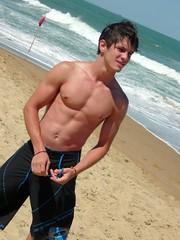 ATgAAADMMm1Mt310HV6oBoovOITu7snM4xDtQOUgSV6VJEV1gng1Tq_K-LTpah7Iscgl6RRIsbJ098pMmdLyHBRozJovAJtU9VB9xdWhu18_0q5Uej8ksxsPWRzDZA (just.cats) Tags: cats men praia beach boys beautiful perfect tasty gatos sem garotos sunga lindos homens roupa camisa shitless gostosos perfeitos clothless