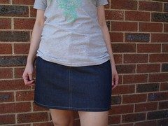 Vogue 2811 A-line skirt from denim (frontal view #1) (TheCraftingHousewife) Tags: 2811 industrial pattern sewing skirt jeans vogue singer denim aline topstitching industrialsewingmachine v2811 singer691d300 691d