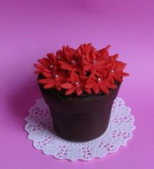 Flower Pot Cake (Decorada) Tags: flowers cake chocolate fondant