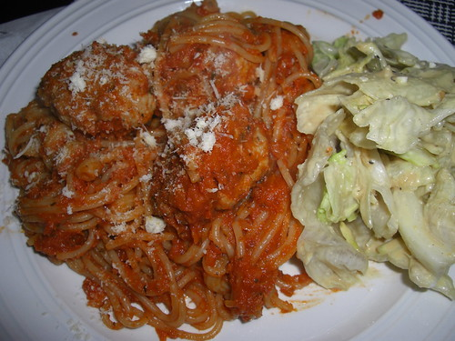 Spagetti w/meatballs and caesar salad