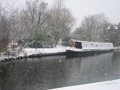 Grand Union Canal at Berkhamsted (Lara King) Tags: snow berkhamsted hertfordshire grandunioncanal