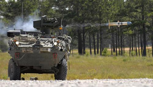 フリー画像| 戦争写真| 軍用車| 装甲車| ミサイル|       フリー素材|