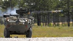 [フリー画像] [戦争写真] [軍用車] [装甲車] [ミサイル]       [フリー素材]