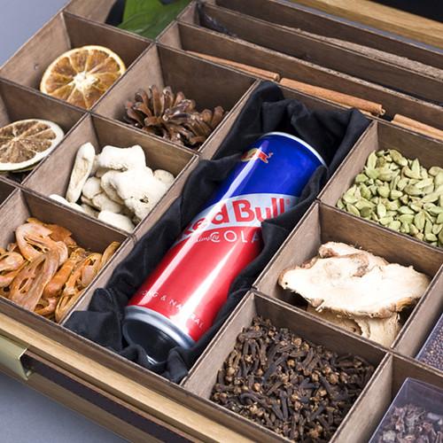 Red Bull Kit