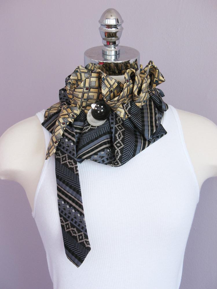 neck kerchief