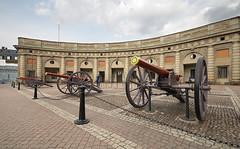 Artillery: Royal Palace, Stockholm (nagillum) Tags: stockholm royal palace artillery guns royalpalace nagillum
