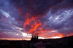 Foto tormenta Barcelona,4 de Abril del 2009,10 45 de la tarde. (Thomas_riera) Tags: barcelona sol familia de tormenta puesta 2009 con sagarda incluida