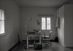 Writer's studio (Mann-ist-0) Tags: blackandwhite bw studio table chair workingroom niksilverefexpro