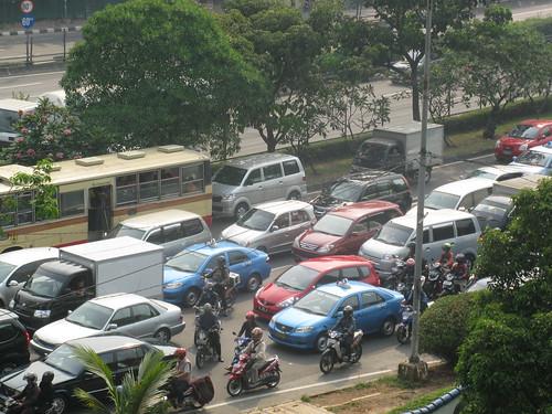 Jakarta: Feature