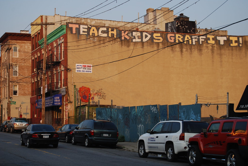 Teach Kids Graffiti Roller - Brooklyn, New York.