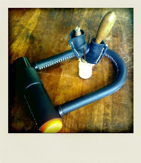 U-Lock Leather stiched