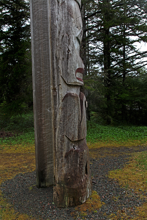 beaver on totem pole in front of Chief Son-i-Hat Whale House, Kasaan, Alaska