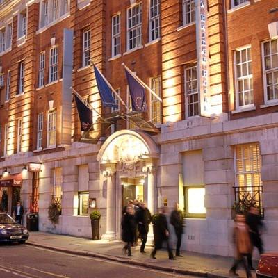 ロンドン ブリッキッジ ホテル