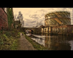 Dirty ol' Town (Steel Steve) Tags: bridge england canal industrial sheffield chapeau gasworks towpath southyorkshire tonemapped pseudohdr mywinners anawesomeshot platinumheartaward steelsteve goldenart sensationalphoto artistictreasurechest imagesforthelittleprince worldsartgallery flickrcinated