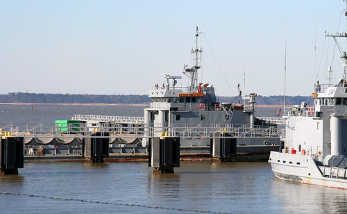 us army corps of engineers dredge essayons