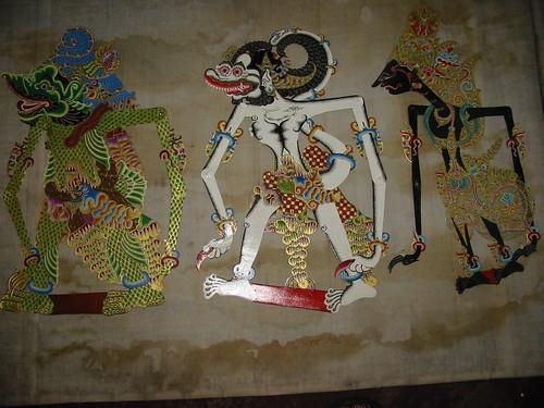 Enkele prachtige Wayang Kulits uit de workshop van het Museum