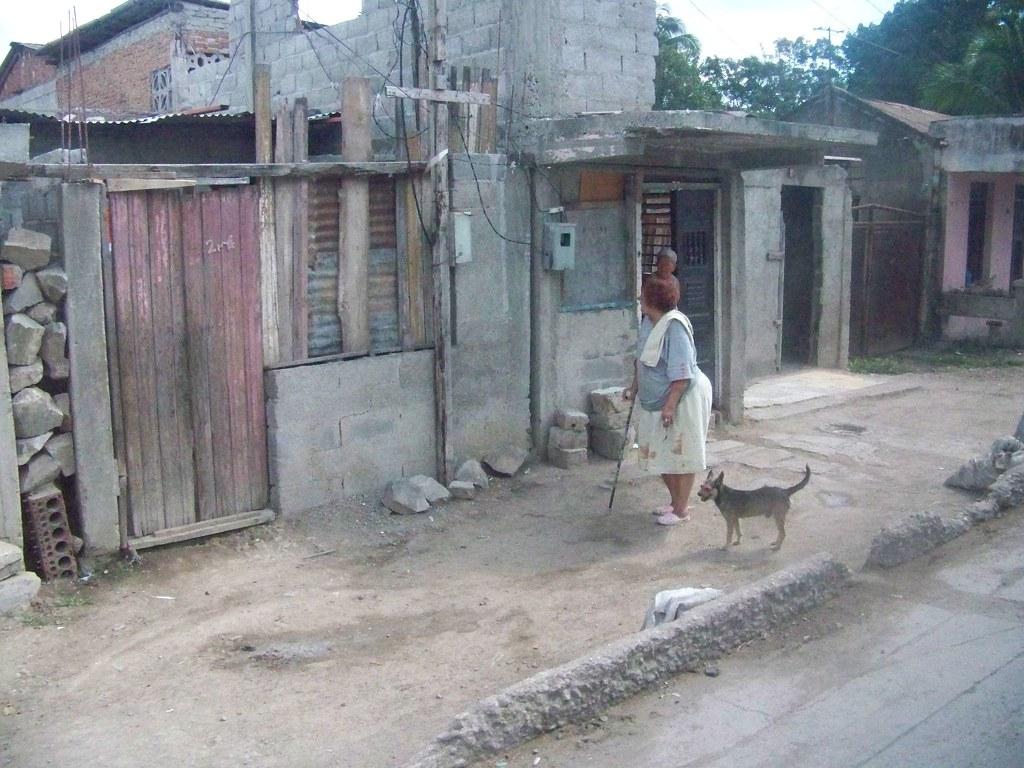Cuba: fotos del acontecer diario - Página 6 3258061533_dd9f563e39_b