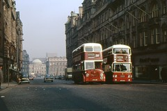 North Bridge, Edinburgh, 1974 (georgeupstairs) Tags: bus edinburgh orion alexander titan balmoralhotel doubledecker leyland northbridge pts mcw registerhouse atlantean northbritishhotel pd220 pdr1a1 patrickthompsons lfs435 wfs252k