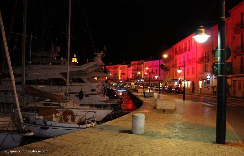 Saint Tropez é uma cidade muito limpa. Mesmo.