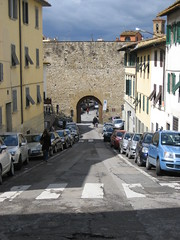 "Driving through castle walls • <a style=""font-size:0.8em;"" href=""http://www.flickr.com/photos/36178200@N05/3386775658/"" target=""_blank"">View on Flickr</a>"