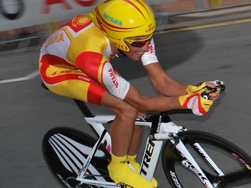 Alberto Contador by Ricardo Horsham.