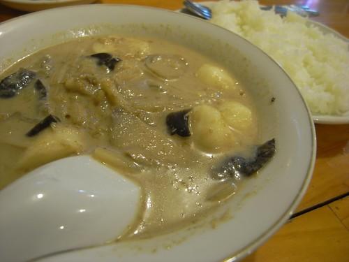 タイ料理ハウス ピサヌローク「タイカレー」