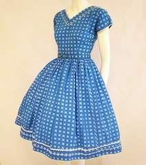 50s vintage cotton full skirt dress (Pintucks) Tags: bluedress fullskirt 50sdress 19misstrudejr