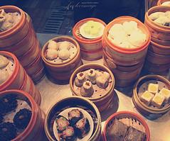 Photogenic Shanghai Snack (ShanLuPhoto) Tags: china food shanghai snack   baozi xiaolongbao  yugarden    shengjianbao  loolooimage
