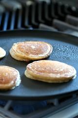 Cooking vegan pancakes
