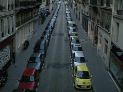 göztepe forever (ÇaD) Tags: street red paris cars yellow chad cagdas ozturk göztepe deger cagdasdeger
