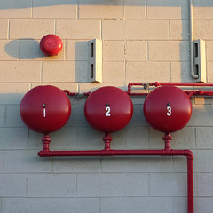 1  2  3 (Tony Kearney) Tags: red waiting presscheck thisevening firebells besserblock 3plus1 attheprinters
