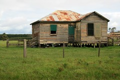 Lovely old shearing shed off Casterton Rd (jennie-robyn) Tags: country shed australia victoria derelict oldbuilding shearing shearingshed casterton offcasteronrd
