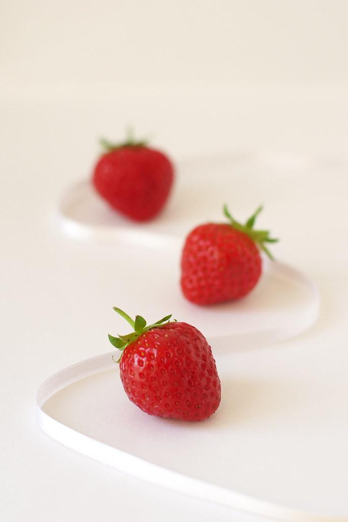 Gratin de fraises mara des bois aux amandes