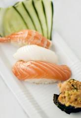 I Love sushi (Simy _Elisewin) Tags: light food japan sushi nikon bokeh sashimi rolls luci giappone cibo d40x