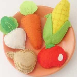 Frutas e Legumes de Feltro com Moldes