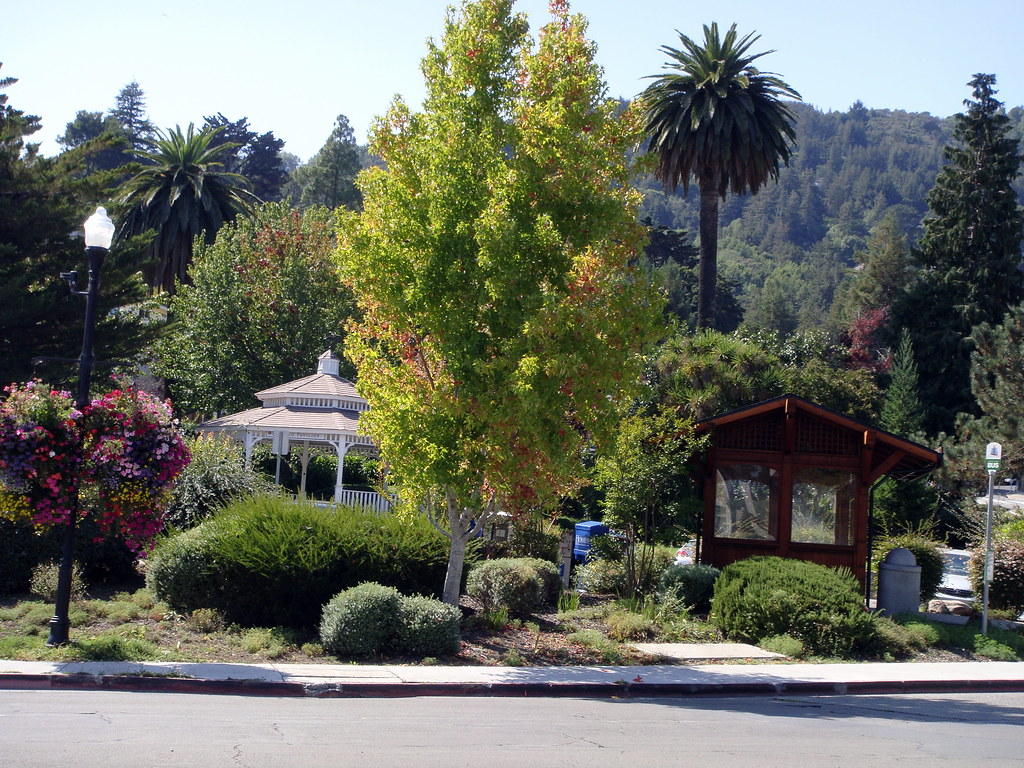 Gazebo in Park near Old Corte Madera Square