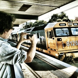 Capturing to #iPhoneographer #iPonoeography #instasyd #apple #Sydney on our way into our exhibition starring @alexkess @sutto007 @oggsie @larahotz @lesleybourne @mishobaranovic @gregbriggs